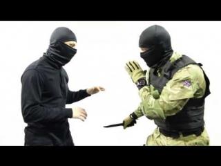 Как научиться драться дома: советы инструктора спецназа