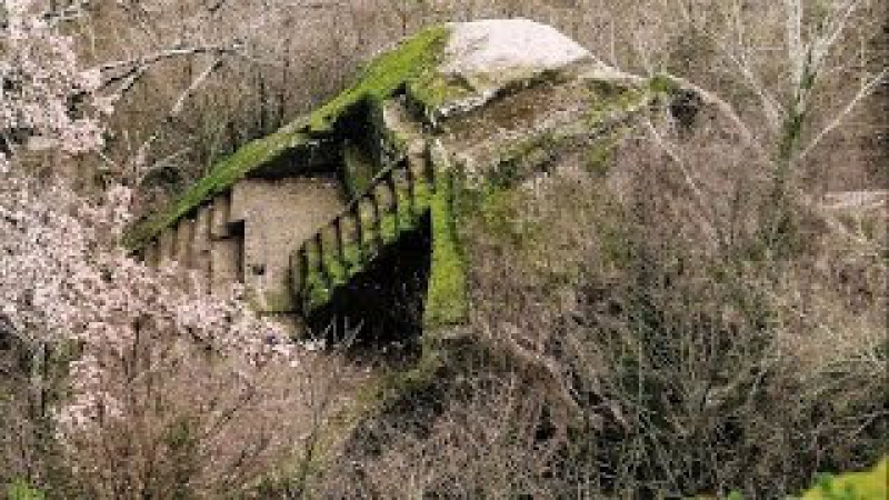 Mystery in the Forest, Bomarzo Pyramid, Italy - newearth crew