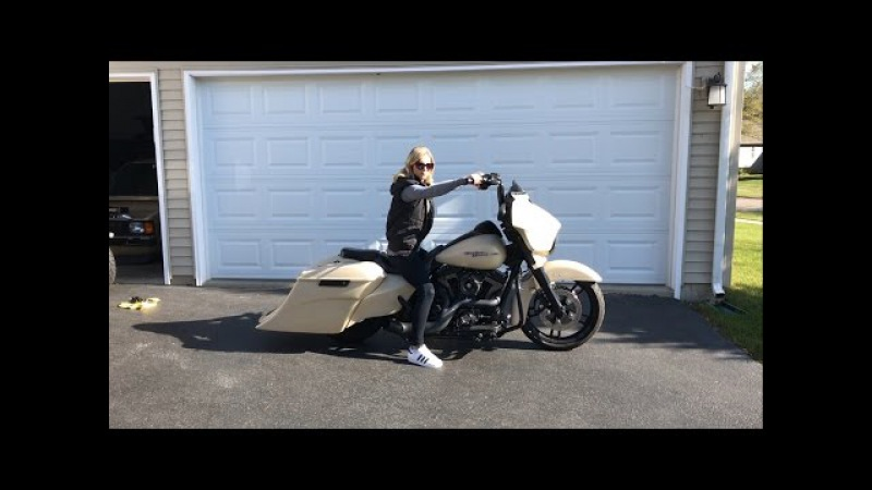 2014 Harley Davidson Street Glide w/ Squeeks Big Twins Super Sidewinder