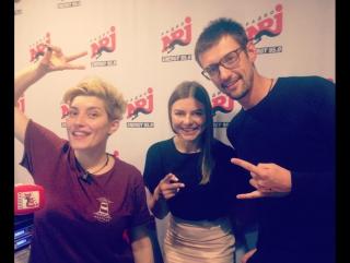 прямой эфир на радио Energy 95,0 fm Дмитрий Карпов и Анна Гордеева влюблялм в пляжный волейбол.