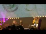 Бекки вышла на сцену во время выступления Fifth Harmony с песней All In My Head в Буэнос-Айрес, Аргентина.