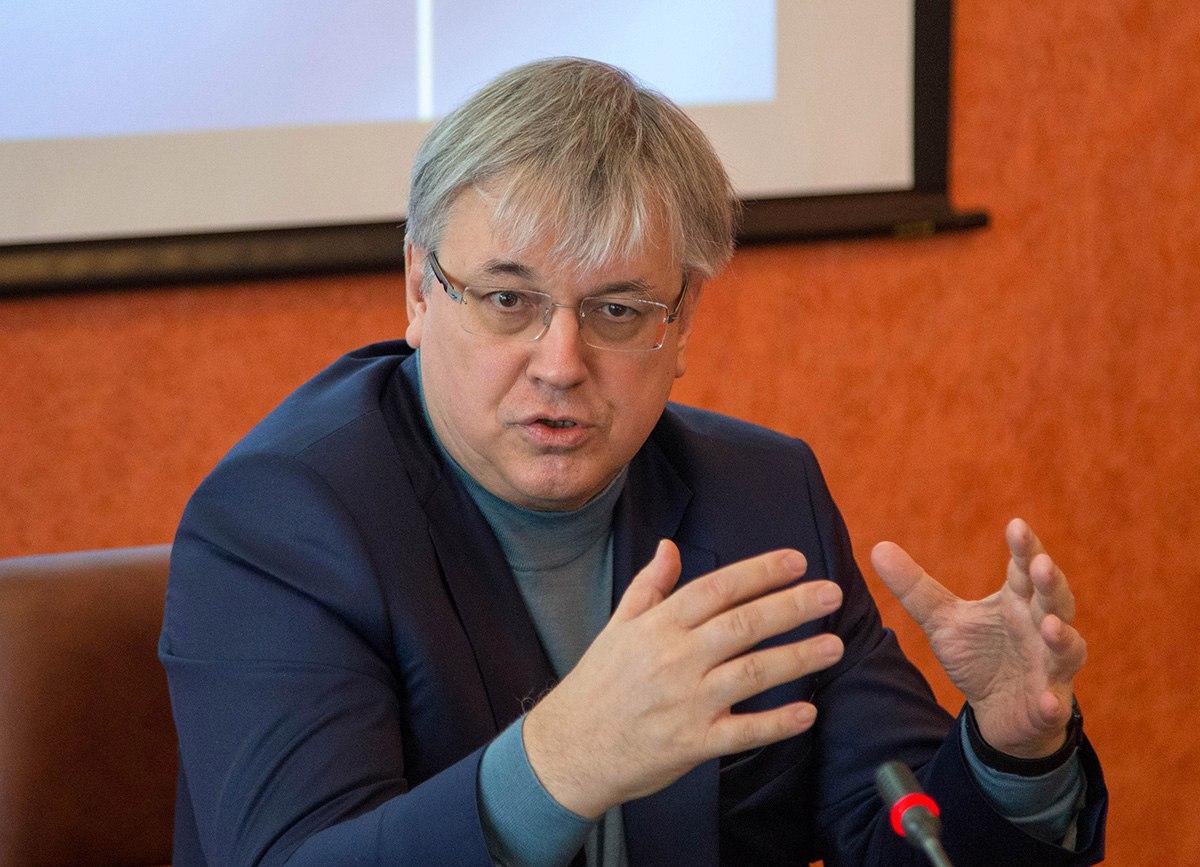 Ректор ВШЭ Ярослав Кузьминов назвал провальной бюджетную политику в сфере образования и науки