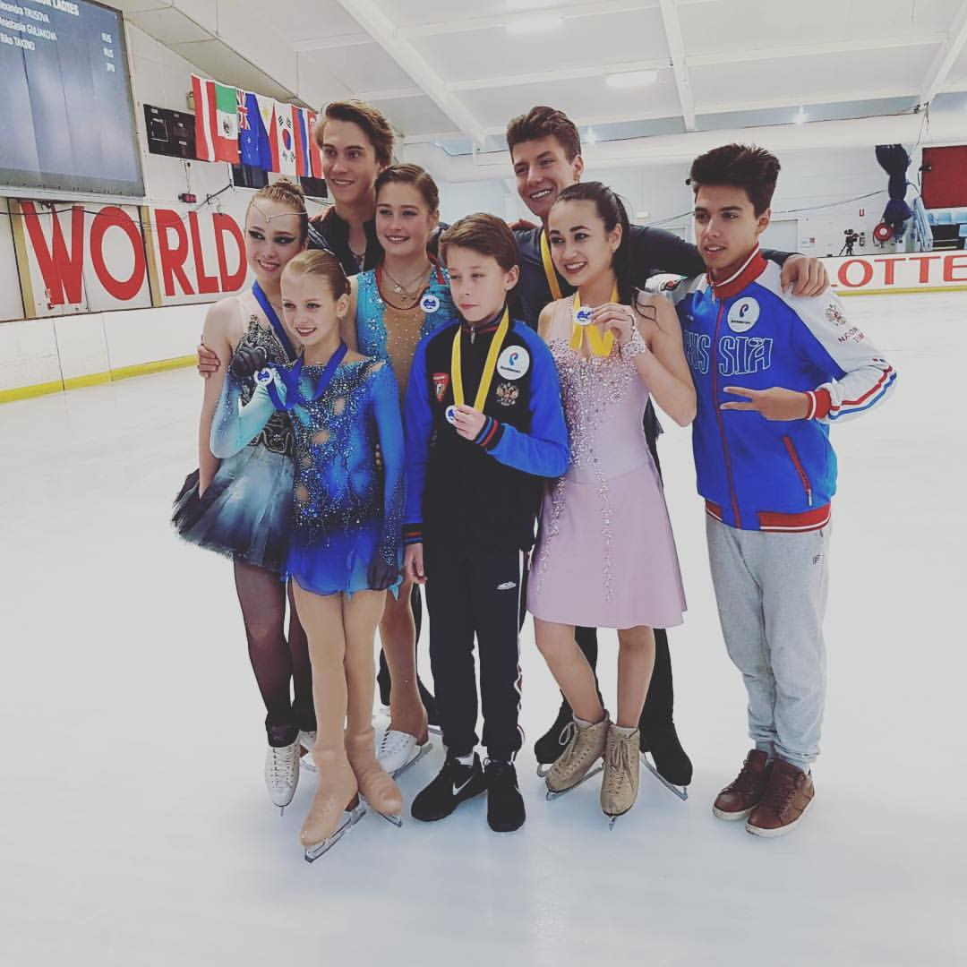 СДЮСШОР «Олимпиец» (Балашиха, Россия) - Самохины FnLejo4_5yg
