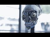 Робот со сложной мимикой лица