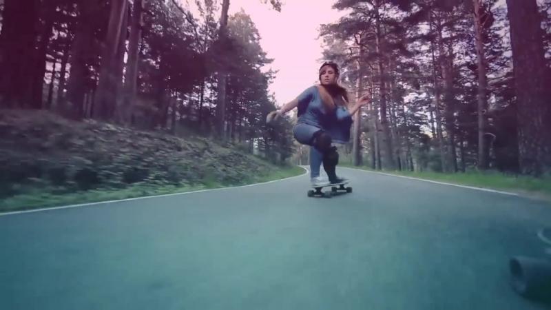 Лонгборд на дороге ll: Девушки на лонгбордах / Трюки на лонгбордах