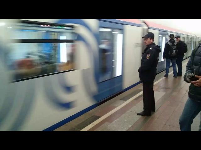 Сбой в работе состава 81-765/766/767 Москва 23.04.2017