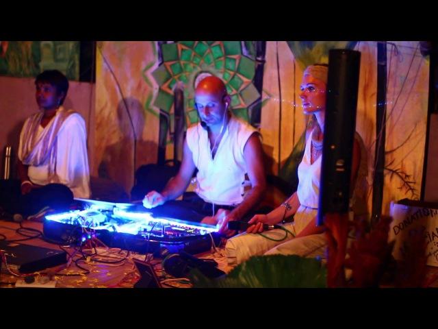 The Bhaktas featuring Brinda - Om Namah Shivaya. Arambol. Goa. India