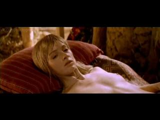 Жанна Эппле голая в фильме Мама (1999, Денис Евстигнеев)