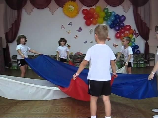 Танец с полотнами Россия, МДОУ Детский сад №22 Радуга, с. Новоселицкое