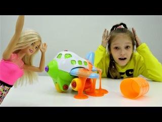 СЛИЗЬ в самолете БАРБИ ✈️ или #Барби едет на МОРЕ 🌊 Видео для девочек с куклами