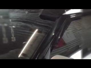 Оклейка крыши в черный глянец