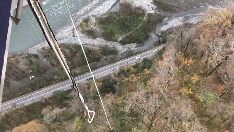 Скайпарк Эй Джей Хаккетт - Bungy 69 метров