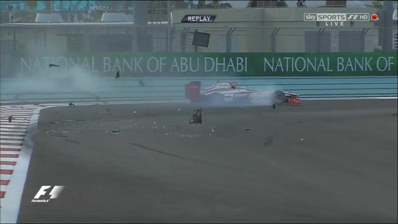 Гран-при Абу-Даби 2012 авария Нико Росберга и Нараина Картикеяна