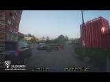 Эстония. Женщина помогла полицейским задержать пьяного водителя мопеда.
