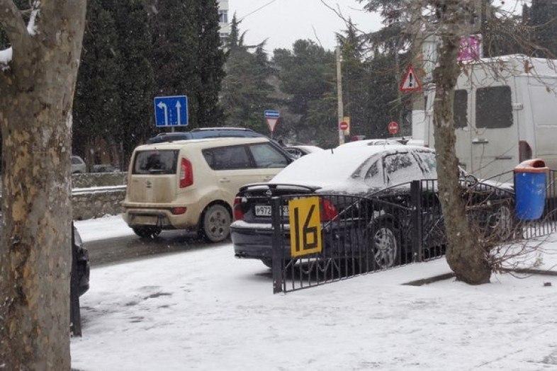 На дорогах в Крыму за первый месяц 2017 года погибли 6 человек