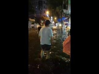 вьетнам 2017. дождик ужин не отменит)