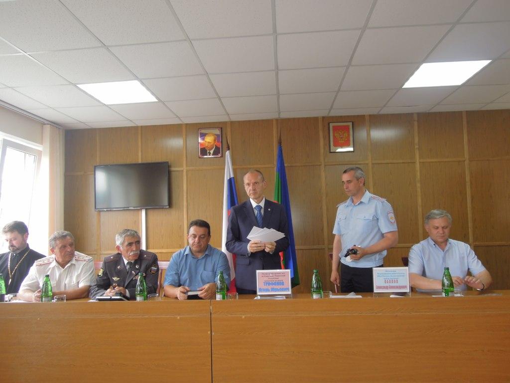 Новый министр МВД КЧР посетил Зеленчукский район