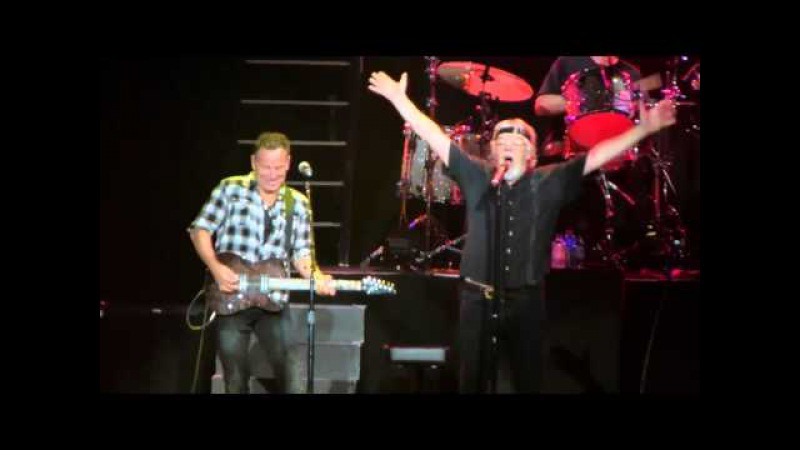 Bob Seger Bruce Springsteen | Old Time Rock Roll - NY - 01/12/2011 (Multicam mix/Dubbed audio)