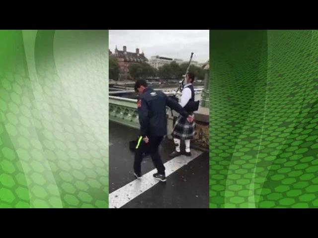 Flamengo: Paquetá dançando no meio da rua em Londres kkk
