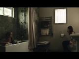 Эмили Браунинг (Emily Browning) голая в сериале «Американские боги» (2017)