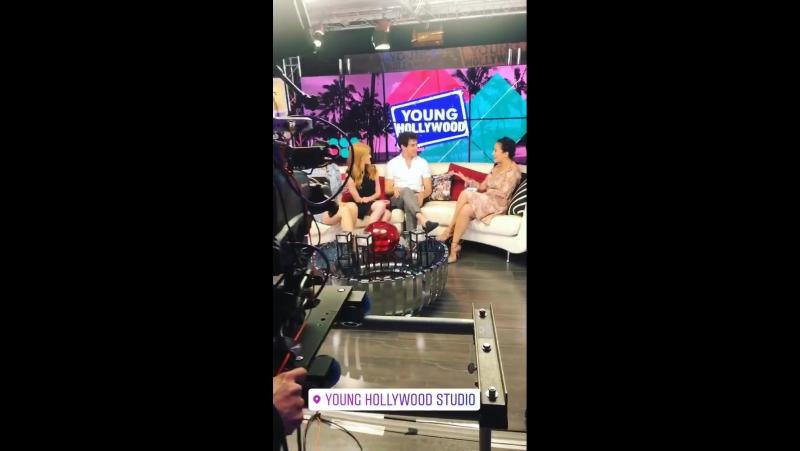 › За кадром интервью для портала «Young Hollywood» 6 › 25.05.2017 (Лос-Анджелес, штат Калифорния)