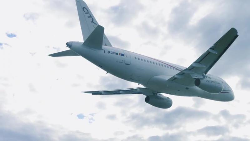 CityJet SSJ100 над Европой