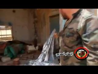 Видео-кадры укреплений и оборудования боевиков Daesh после освобождения нескольких холмов в провинции Хомс силами
