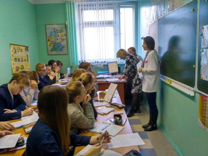 Армянские «молодогвардейцы» провели познавательные лекции для учащихся 9-х классов
