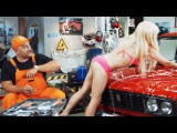 Приколы про девушек в автосервисе тупая блондинка на СТО - НА ТРОИХ лучшее ДИЗЕЛЬ ШОУ ЮМОР ICTV