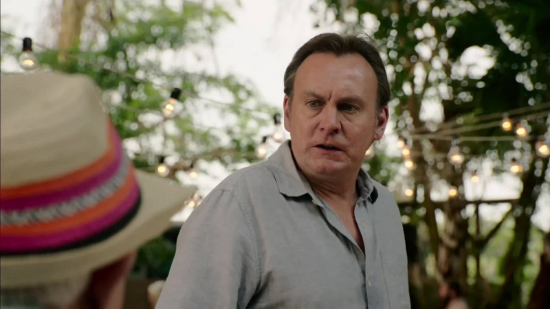 Living the Dream : Season 1, Episode 2 Gators for Cougars (Sky One 2017 UK) (ENG)