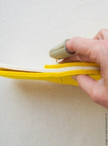 Как просто сшить фетровые тапочки для гостей