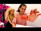 Мультики для девочек #Барби: #ЛучшаяподружкаВика лепит ЛАСТИК! Видео про кукол. Поделки с детьми