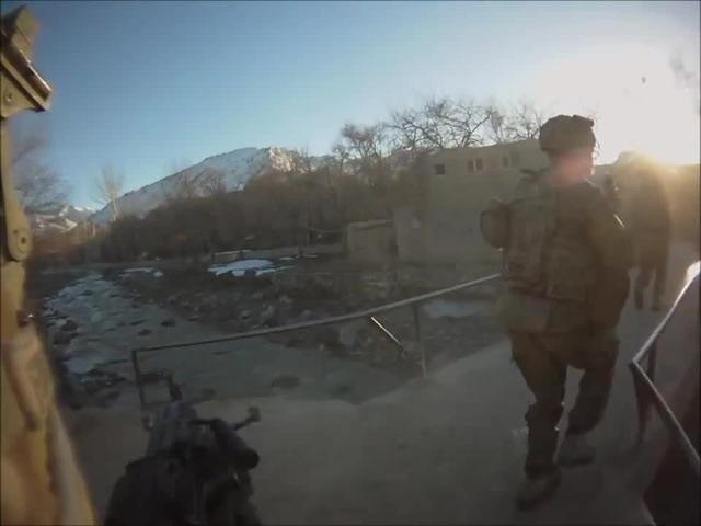 M249 SAW GUNNER FIREFIGHT | FUNKER530