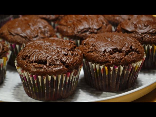 Шоколадные Кексы с Начинкой Вишня Банан Джем Chocolate cupcakes