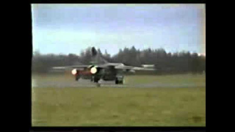 372 й АПИБ МиГ 27 покидают Лоцики 1993 часть 2