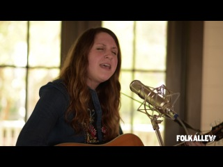 Folk Alley Sessions at 30A: Caroline Spence -