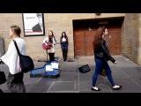 ДЕВУШКА ПОЕТ ПЕСНЮ СОБСТВЕННОГО СОЧИНЕНИЯ ► Lucy Brown