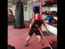 Упражнение на развитие силы удара от бойца М-1 Андрея Лежнева