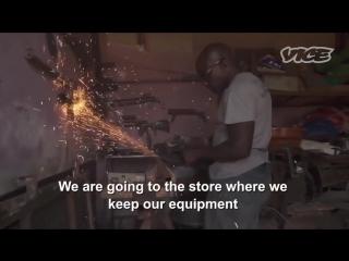 Вакаливуд - кино из трущоб Уганды (VICE Русская Озвучка)
