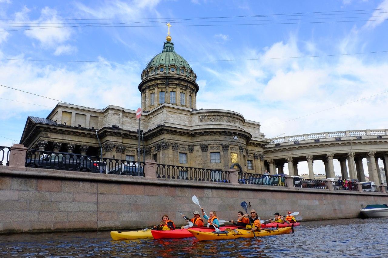 Необычный отдых в СПб: катаемся на байдарках