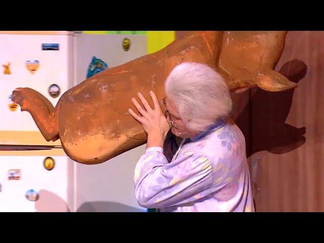 В гостях у бабушки - Королевство кривых кулис. 1 часть - Уральские Пельмени (2017)