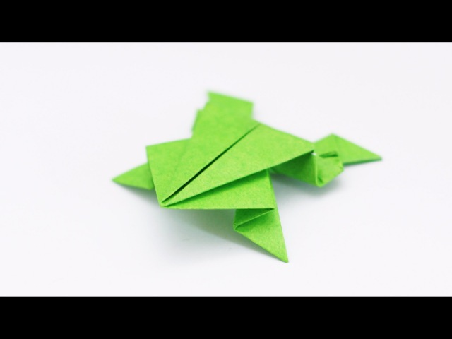 ORIGAMI FROG Traditional model