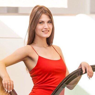 Милена Комарова