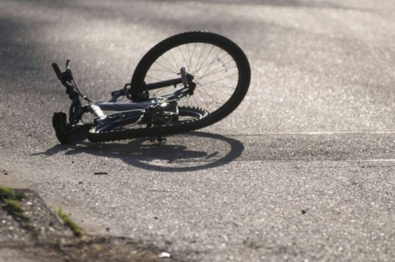 Под Таганрогом 13-летний подросток на велосипеде угодил под колеса «ВАЗ-2107»