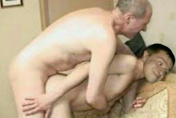 Сосут внук папа и и ебут ся геи дед