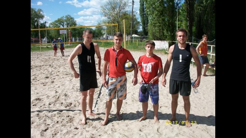 Пляжный волейбол: П. Назаркин - Д. Бирюков 2 (в черной форме)