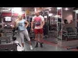 Упражнения для женщин. Махи для похудения бедер
