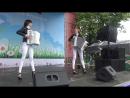 Девушки шоу-дуэт Ларго