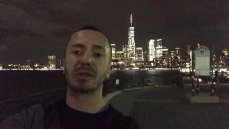 Absolutely Dark records - главный менеджер нашего проекта - LIVE from NYC - напутствие Фэлоуверам Russia version