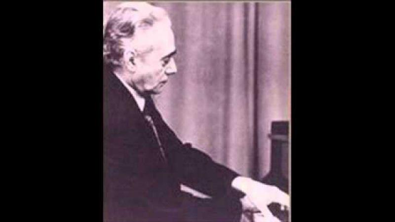 Anatoly Vedernikov plays Mozart Concerto No. 15 in B flat K 450